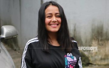 Neha Kakkar Joins Sunny Leone; Singer's Name Appears At Top On Merit List Of A College In West Bengal