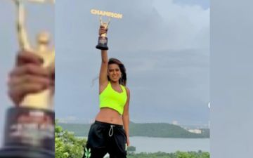 Khatron Ke Khiladi Made In India: Nia Sharma Is The Ultimate Winner As She Picks Up The Champion Trophy; Kudos To #GirlPower