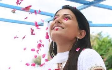 Yeh Rishta Kya Kehlata Hai Completes 11 Years: Hina Khan And Shivangi Joshi Share Pics