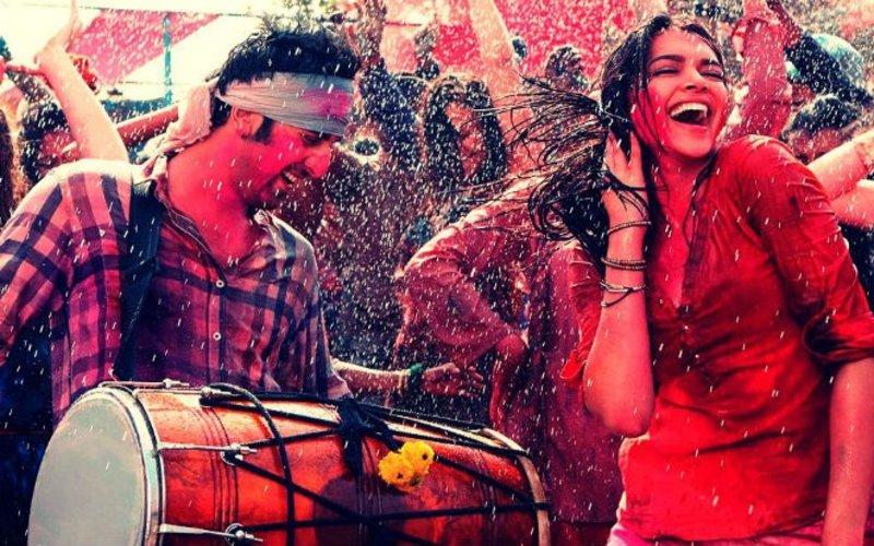 बॉलीवुड फिल्मों के इन 7 नए होली गीतों के साथ मनाए रंगों का त्यौहार