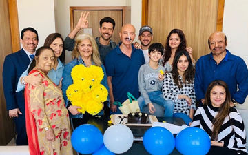 Hrithik Roshan Celebrates Birthday With Daddy Rakesh Post His Surgery- Pictures From Hospital