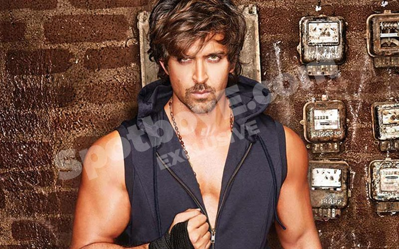 Vanity Fair: Hrithik Roshan Spotted At A Dermatologist's Clinic