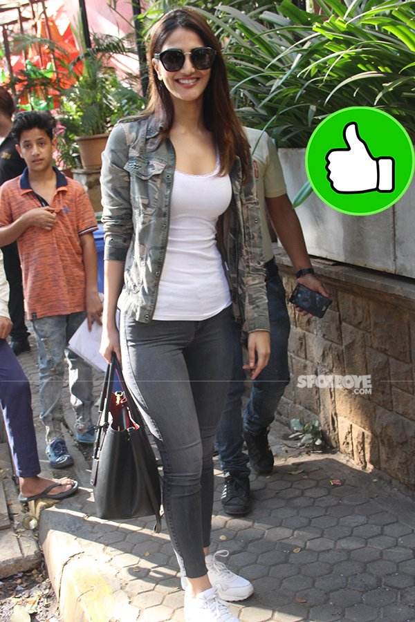 vaani kapoor snapped at kitchen garden