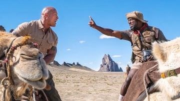 Jumanji: Kevin Hart Gets An Awful Piece Of Co-Star Dwayne Johnson AKA The Rock; Well, He Asked For It – VIDEO