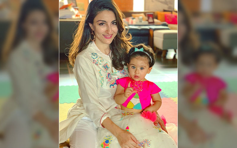 "Soha Ali Khan On Daughter Inaaya Kemmu's Obsession With Makeup, ""She Is Crazy For Lipstick"""