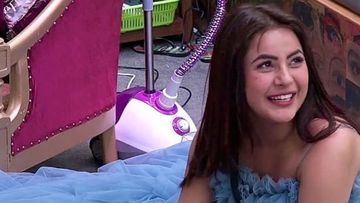 Bigg Boss 13: Shehnaaz Gill Wants The Keys To BB House, 'Chahti Hoon Main Ghar Lock Karke Chabi Apne Paas Hi Rakhlu'