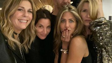 Jennifer Aniston, Courteney Cox, Rita Wilson Go 'CHEESE' As They Welcome Christmas Holidays With A Bang