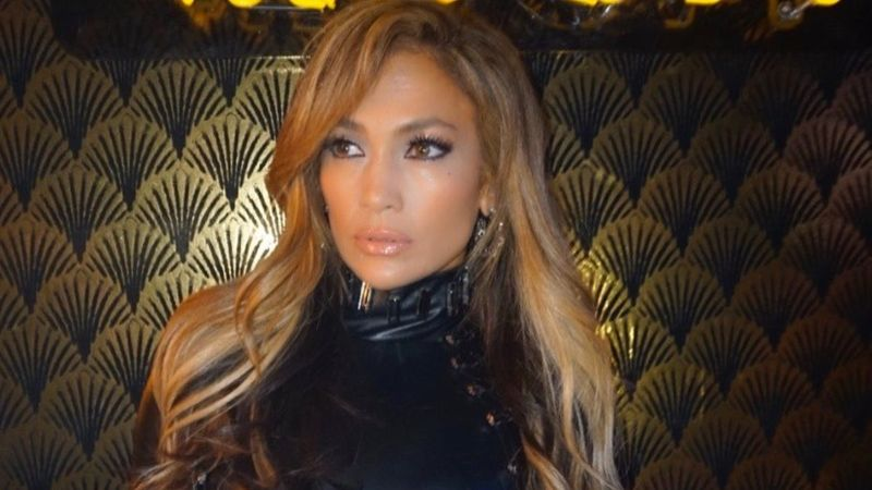 Jennifer Lopez Sued For A Whopping $150,000 Over An Instagram Pic; Photographer Claims Singer Didn't Pay Before Using It
