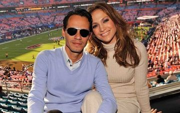Jennifer Lopez's Ex-Hubby Marc Anthony's Luxury Yacht Catches Fire At Night; Capsized At Miami Marina