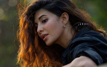 Jacqueline Fernandez' Photo Shoot Is A Treat To Sore Eyes As Salman Khan's Farmhouse Acts As A Perfect Backdrop