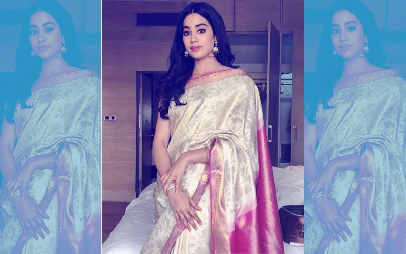 Janhvi Kapoor Wears Mom Sridevi's Saree For National Film Awards - Emotional & Precious Moment
