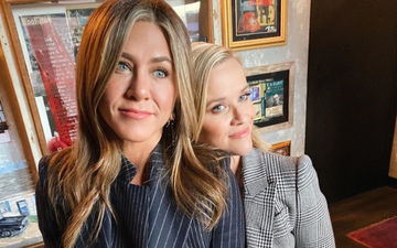 Post Jennifer Aniston's Silent Treatment, Reese Witherspoon Shares A Pic Saying 'We'Re Not On A Break'; Receives Sweet Reply