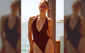 50-Year-Old Jennifer Lopez's Latest Picture In A Sultry Swimsuit Is Sure To Make Your Jaw Drop!