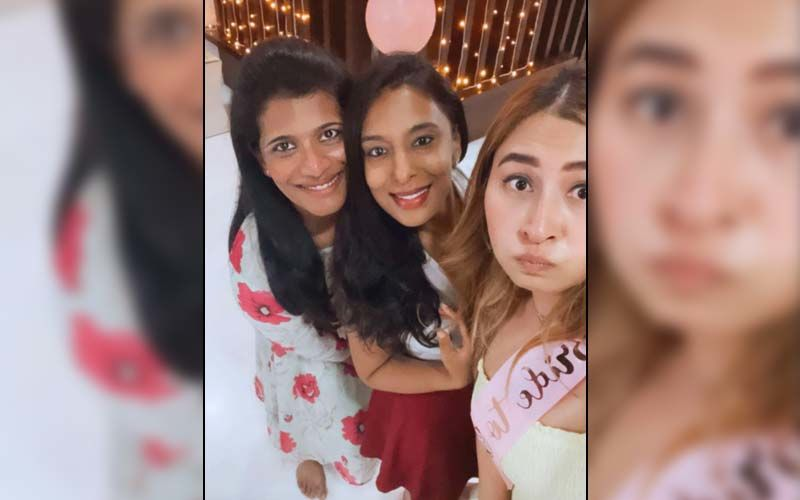 Ahead Of Her Wedding With Vishnu Vishal, Jwala Gutta's Friends Throw Her A Bridal Shower; Badminton Champ Looks Beautiful In A Yellow Outfit