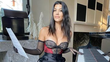 KUWTK: Kourtney Kardashian Sizzles In A Bustier Amid Claims Of Quitting; Is She Back On The Reality Show?