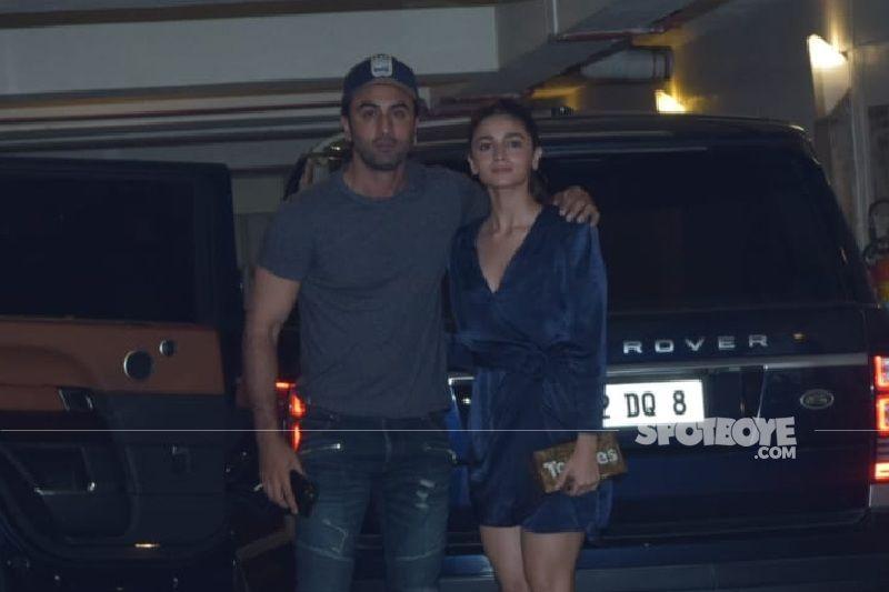 Alia Bhatt Joins Beau Ranbir Kapoor And His Sister Riddhima Kapoor Sahni For A 'Fam-Jam Sunday' - INSIDE PIC HERE