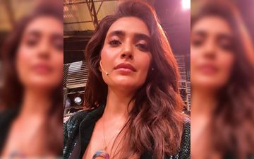 Khatron Ke Khiladi 10: Karishma Tanna Shares Glorious Winning Moment With Fans 'As I Hold This Trophy, I Feel I Am Holding All My Dreams'