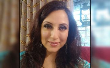 Kishori Shahane Dons A Gorgeous Black Attire Dominating The Frame With Her Beauty