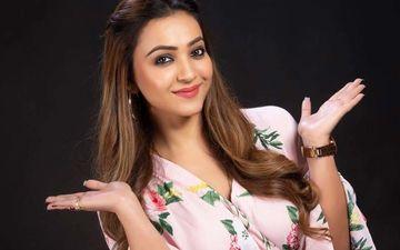Koushani Mukherjee Tries Her Hand At Badshah's New Album Genda Phool On Tik Tok
