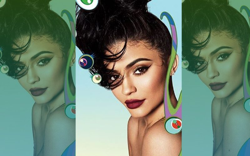 Kylie Jenner Goes Complex And Topless