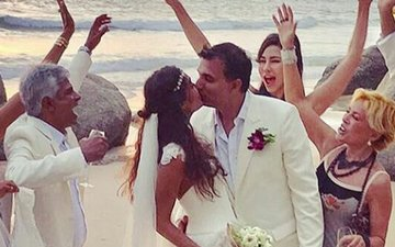 Lisa Haydon Ties The Knot