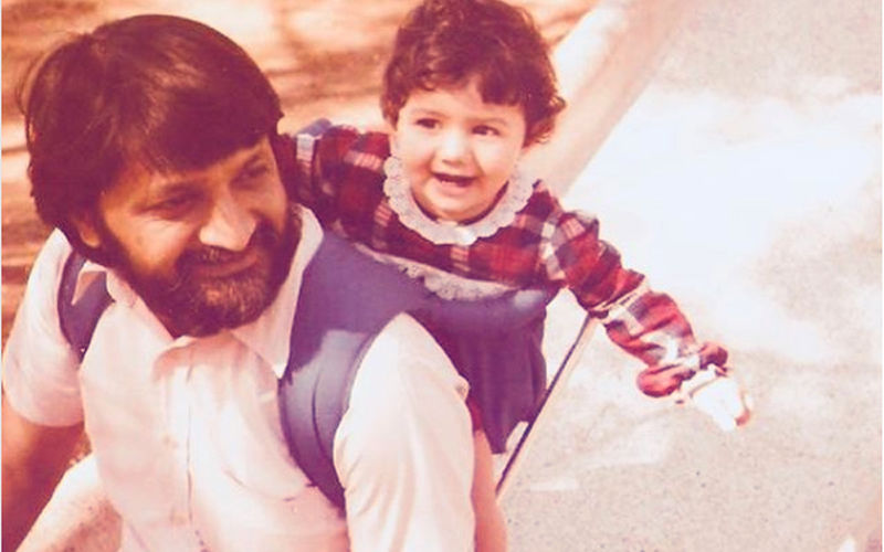 Who's This Little Girl In The Pic? Hint: She Recently Romanced Shah Rukh Khan On Screen