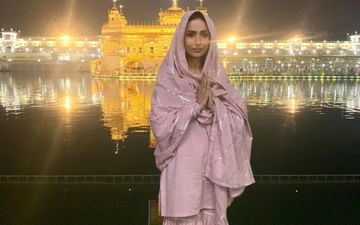 Malaika Arora Is Visiting The Golden Temple In Amritsar; Sorry Guys, No Gym Pictures Today