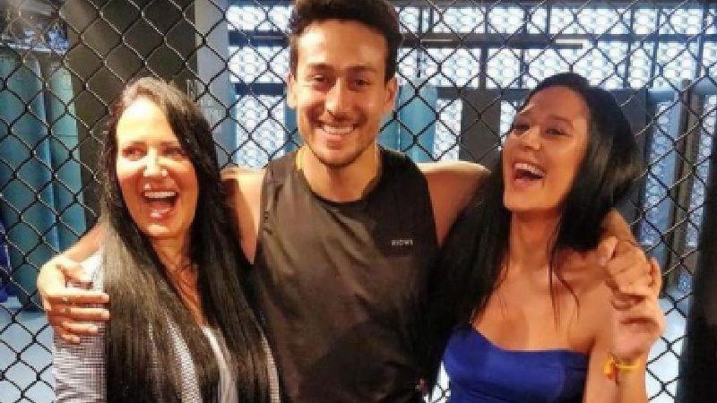 Tiger Shroff And Krishna Shroff's Mommy Ayesha Shroff Shares A Candid Pic Of The Siblings; Calls Them 'Goonda' And 'Goondi'