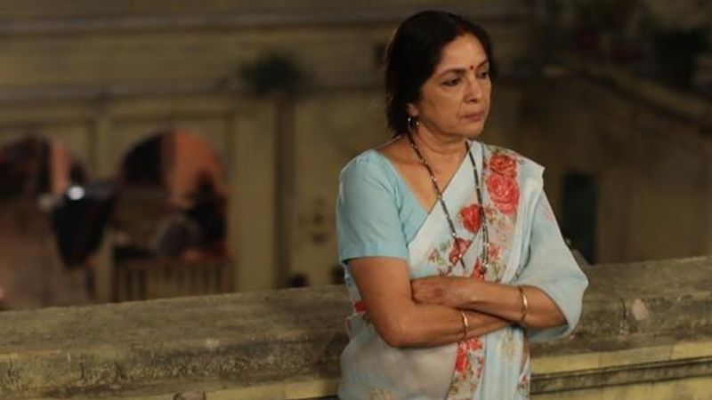 Neena Gupta's ID Checked Thrice At The Airport; Lady Thinks She's NOT 'Famous And Successful' Yet