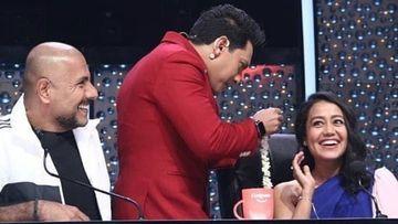 Indian Idol 11: Aditya Narayan Ties Gajra On Judge Neha Kakkar's Hair Making The Latter Blush Heavily