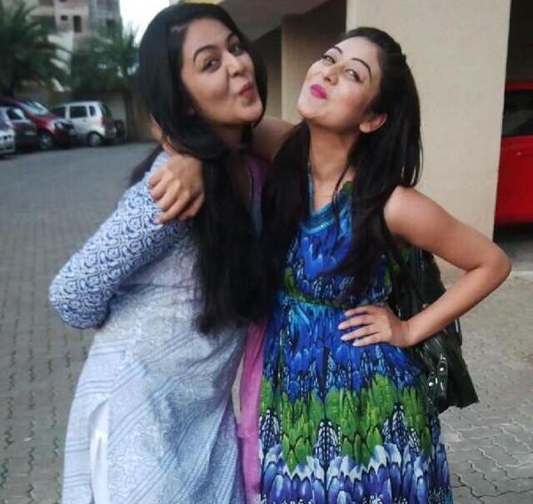 Naaz Sisters