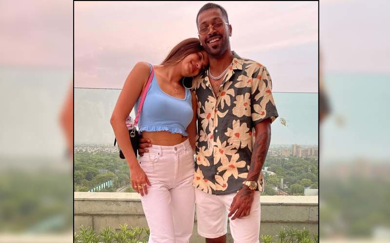 Hardik Pandya And Wife Natasa Stankovic Are All Hearts For Each Other In Latest Romantic Photos; Check Out