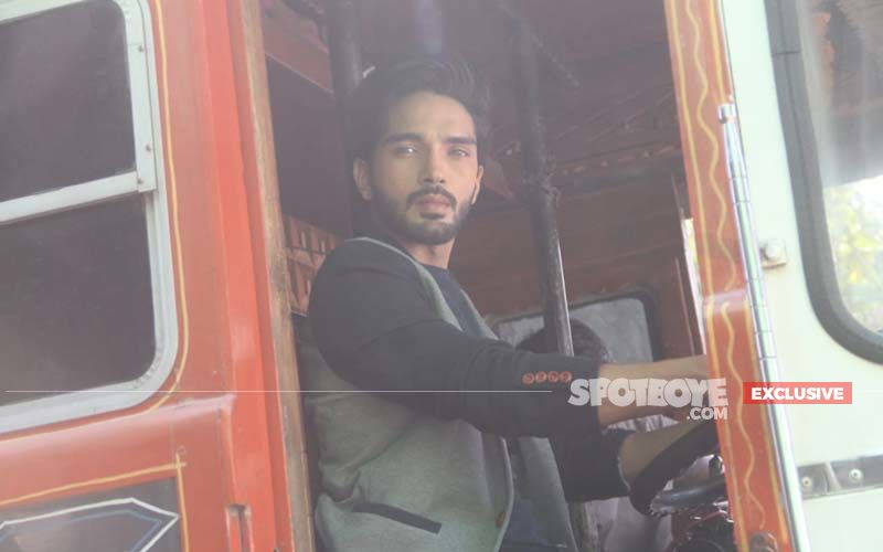 Nazar Actor Harsh Rajput Turns Truck Driver For The Show-Watch Video