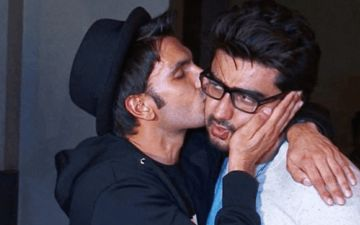 Arjun Kapoor Goes Live, Ranveer Singh Spams Him With 'Feel Good Recommend Karo' Comments