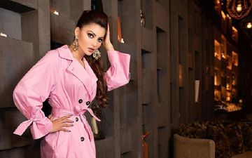 Urvashi Rautela Accused Of Plagiarism Yet Again; This Time Her COPIED Tweet On Oscar-Winning Film Parasite Puts Her In Trouble
