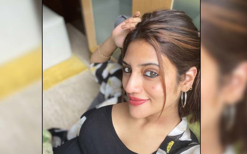 Bengali Actress And MP Nusrat Jahan Flaunts Her Baby Bump In THIS Viral Photo After Estranged Husband Claims The Baby Is Not His