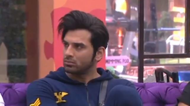 Bigg Boss 13: Paras Chhabra Punished As He Refuses To Go To Jail, Asked To Clean Dirty Shoes