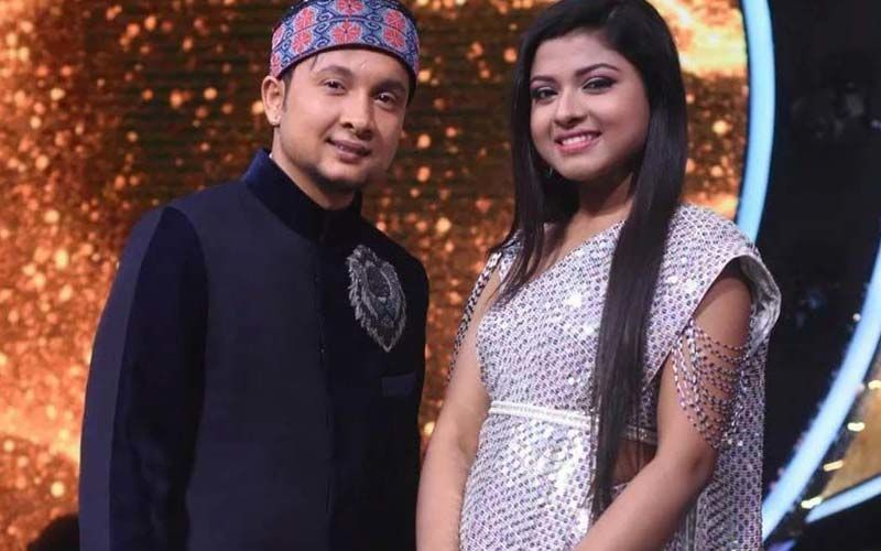 Indian Idol 12's Pawandeep Rajan And Arunita Kanjilal Perform Gaata Rahe Mera Dil At A Concert In The Hills-Watch