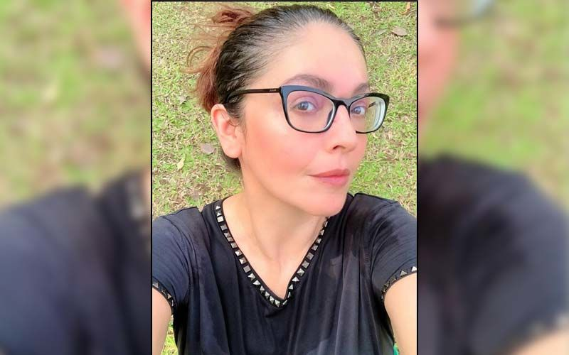Pooja Bhatt Shares She Is Suffering From 'Survivors Guilt' As COVID-19 Cases Surge In India; Says 'The System Has Failed Us'