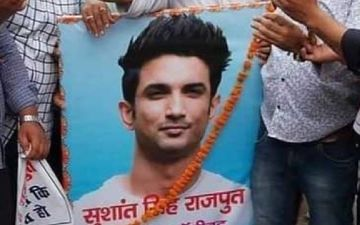 Sushant Singh Rajput Demise: Fans In Patna Hold A Candle Light March; Display Placard Saying 'Boycott Nepotism' - PICS