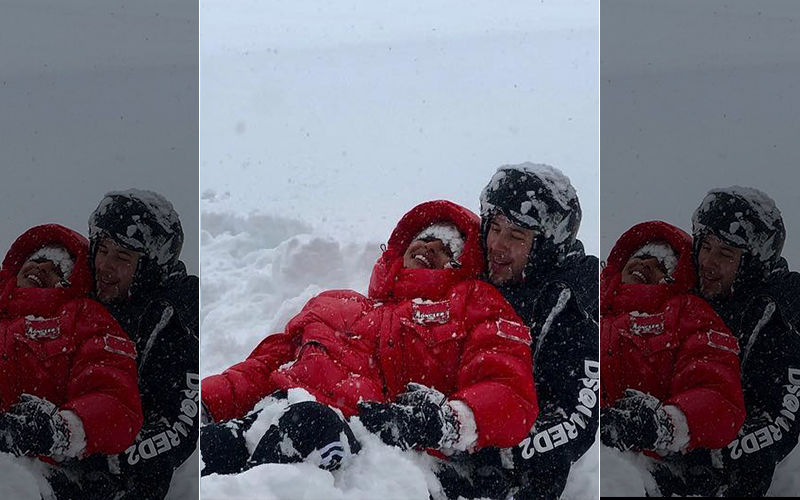 Priyanka Chopra-Nick Jonas Cuddle Up In Snow And You Can't Miss The Picture-Perfect Moments