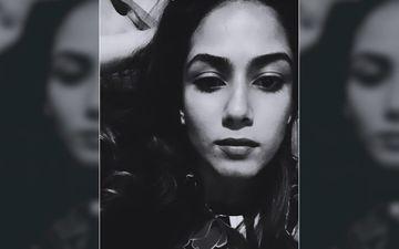 Mira Rajput's Late Night Selfie Is Gorgeous Enough To Make Men Go Weak In Knees