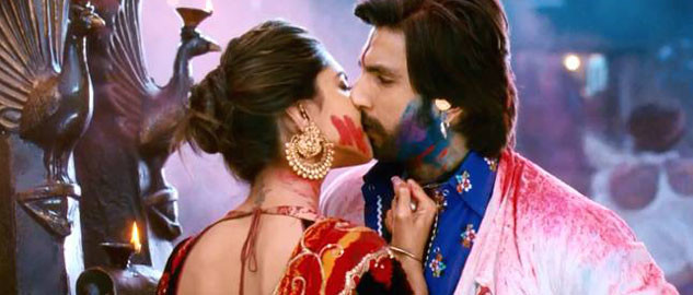 Ranveer Singh and Deepika Padukone kiss