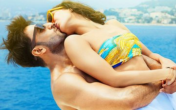Ranveer And Vaani's Befikre Trailer To Be Launched At The Eiffel Tower