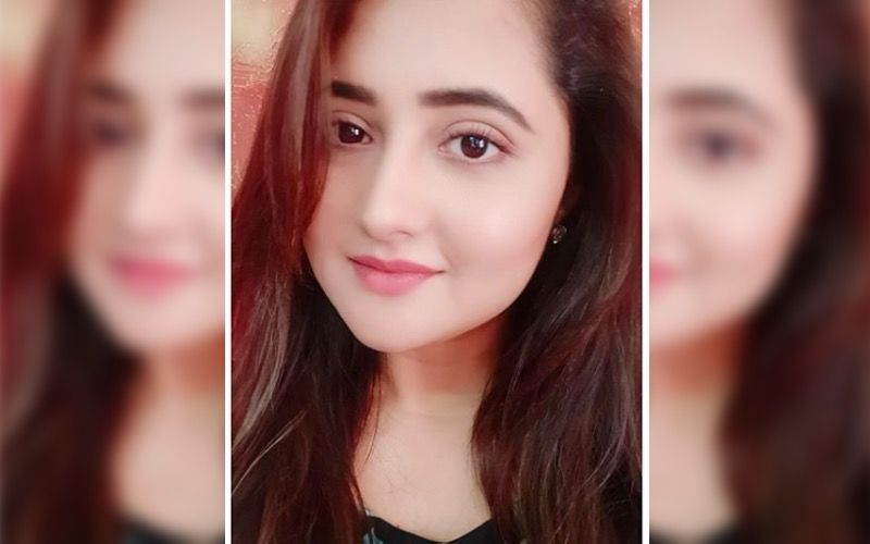 Bigg Boss 13's Rashami Desai Participates In Black And White Photography Challenge; Nominates Another Former Contestant - Find Out