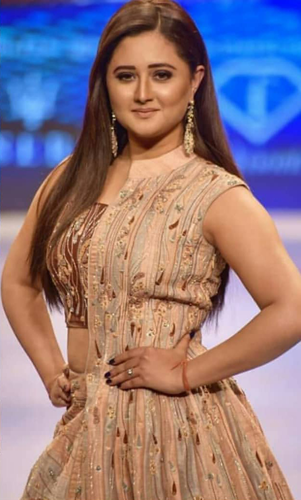 Rashmi Desai Spotted At Fashion Show