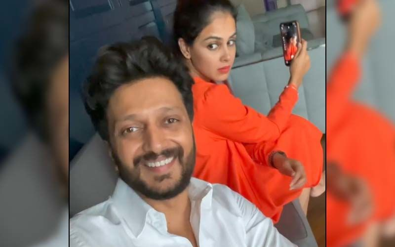 Riteish Deshmukh Has A Hilarious Answer For 'Batch Of 2021' Who Wonder How College Years Passed By So Quickly; Genelia's Reaction Will Crack You Up