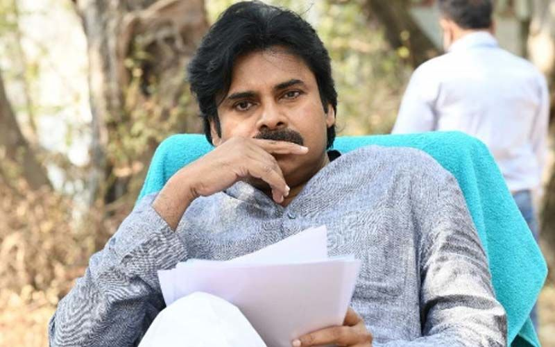 Sashi: Pawan Kalyan Releases The Trailer Of Aadi And Surabhi Starrer Telugu Film