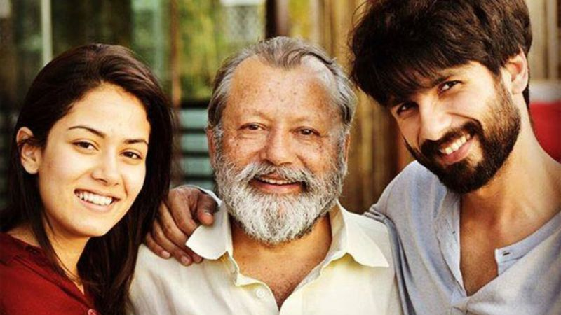 Shahid Kapoor-Mira Kapoor Can't Contain Their Happiness As Dad Pankaj Kapur Gets A Honorary Doctorate