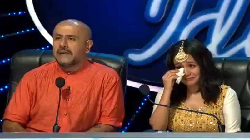 Indian Idol 11: Neha Kakkar Breaks Into Tears As A Blind Boy Reveals He Set Himself On Fire